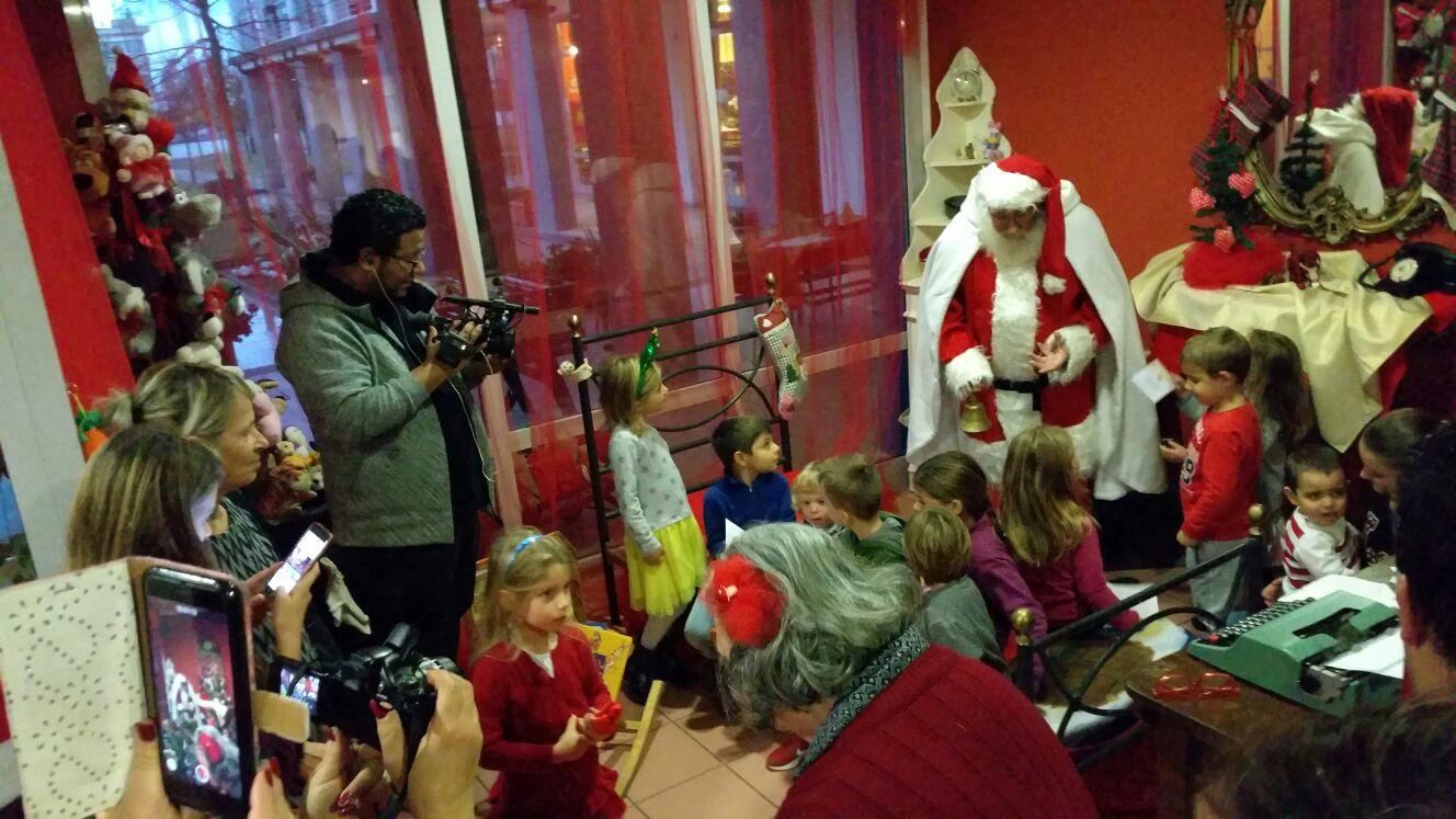 Babbo Natale, Presepe e merenda