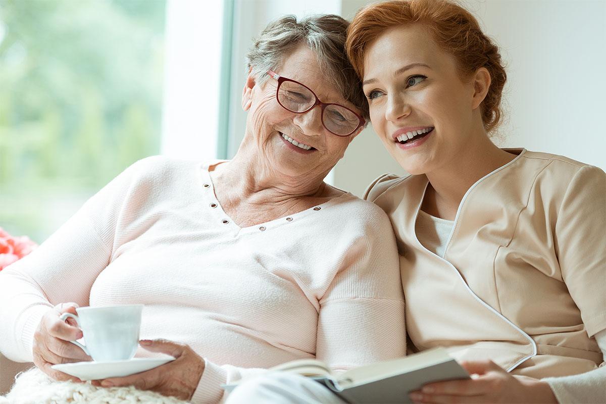 Caregiver: consigli per gestire la quotidianità con l'anziano