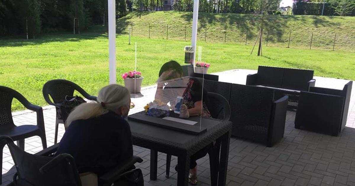 Prima e dopo il Covid-19: cosa cambia nelle strutture protette per anziani?